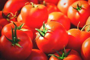 ¿El tomate engorda?