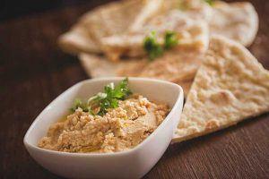 ¿El humus engorda?